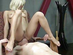Femdom, Face Sitting, Cunnilingus, Mistress, BDSM