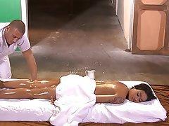 Interracial, Massage